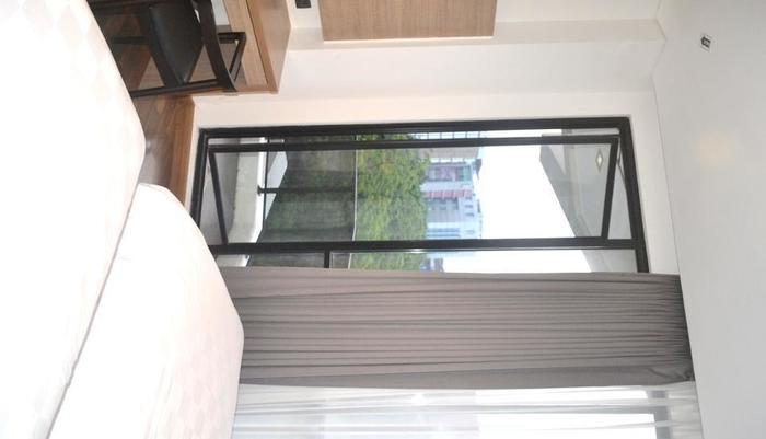 Rivoli Hotel Jakarta - Balcony twin room