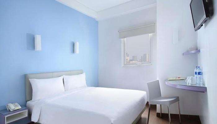 Amaris Hotel Bekasi - Double Bed