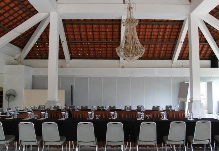 Rizen Kedaton Hotel Bogor - Meeting Room