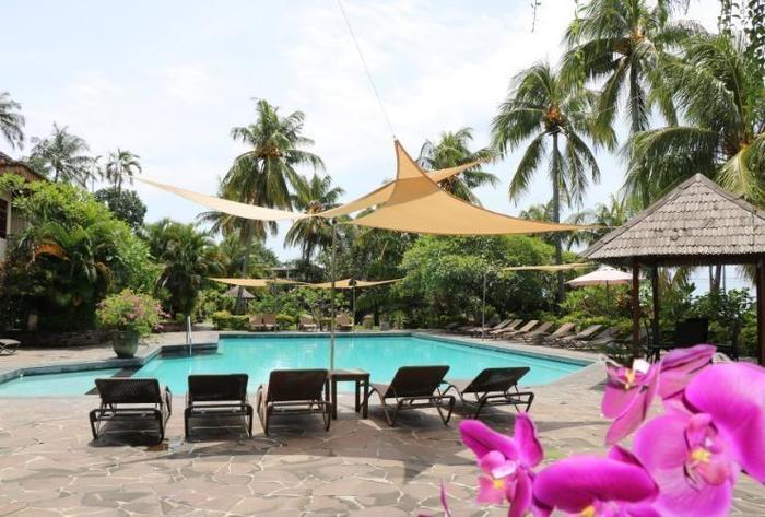 Puri Bunga Beach Cottage Lombok - OUTDOOR POOL