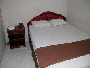 Hotel Fortuna Pare Pare - Kamar Tidur double