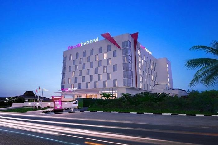 fave hotel Palembang - Tampilan Luar Hotel