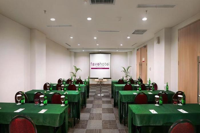 fave hotel Palembang - Ruang Rapat