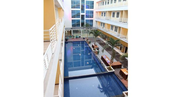 Hotel Sylvia Kupang - Pool View