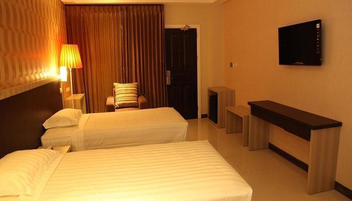 Hotel Sylvia Kupang - Guest Room
