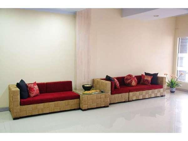 Hotel Puri Saron Denpasar Bali -