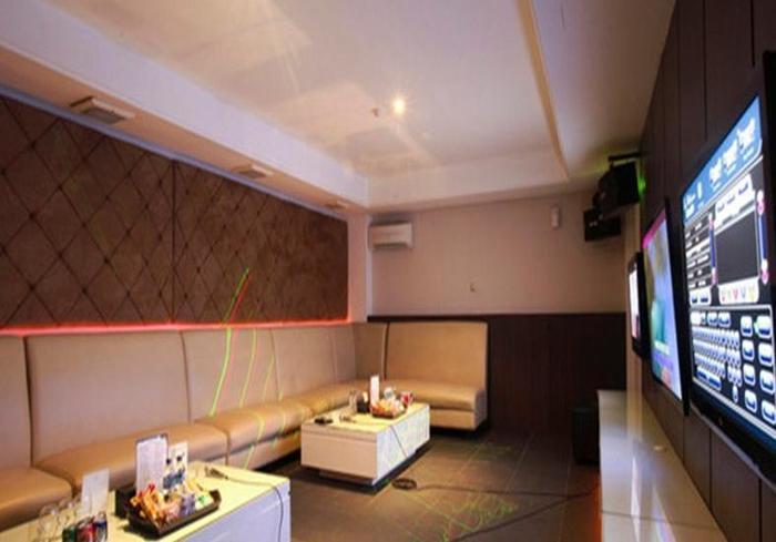 Grand Kecubung Hotel Kotawaringin Barat - Ruang Karaoke