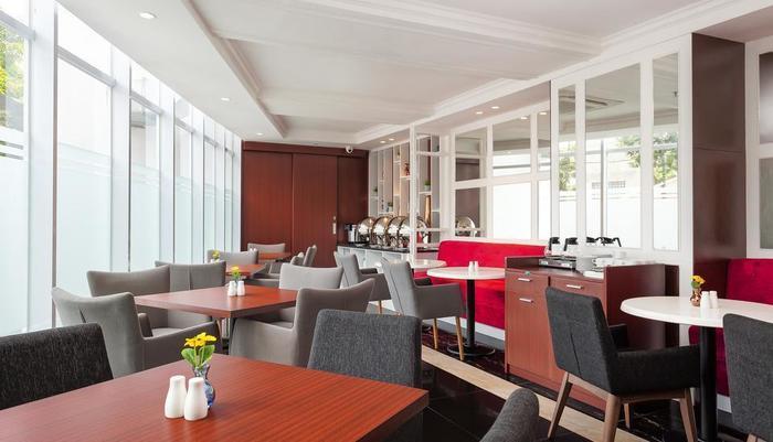 Cordela Norwood Hotel Jakarta - Restaurant Sorentos