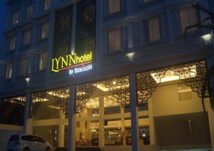LYNN Hotel Yogyakarta - Tampilan Luar Hotel