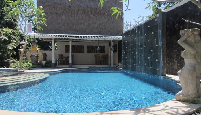 The Adma Umalas Resort Bali - Kolam Renang