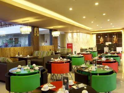 Sun Royal Hotel Kuta - Restoran