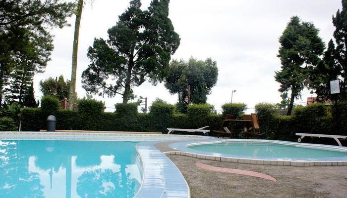 Resort Prima  Cisarua - Kolam Renang