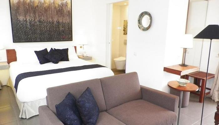 Breeze Art and Boutique Hotel Bandung - Deluxe King