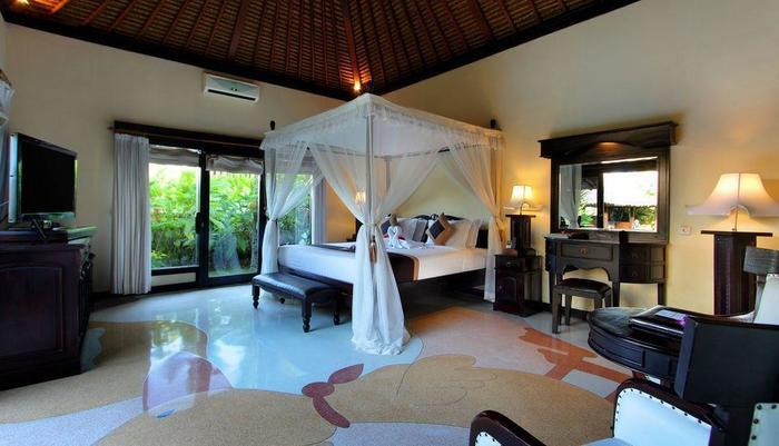 Furama Villas Ubud - Royal Pool Villa - bedroom