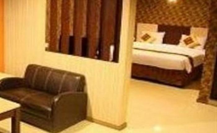 New Hollywood Hotel Pekanbaru - Kamar tamu