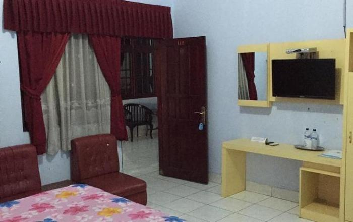 Hotel Indonesia Pekalongan - Deluxe Room