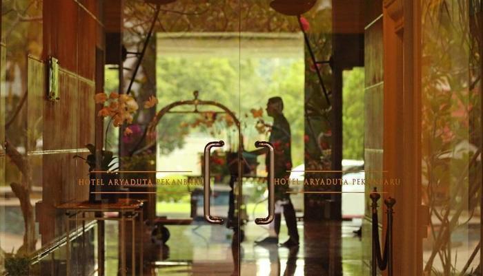 Hotel Aryaduta  Pekanbaru - Lobby
