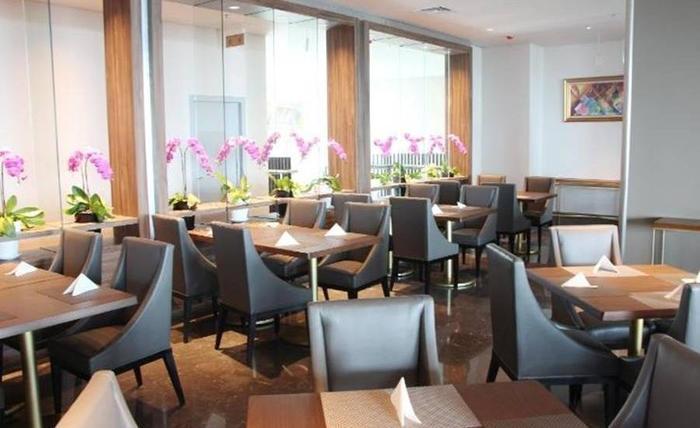 Salak Tower Hotel Bogor - Ruang makan