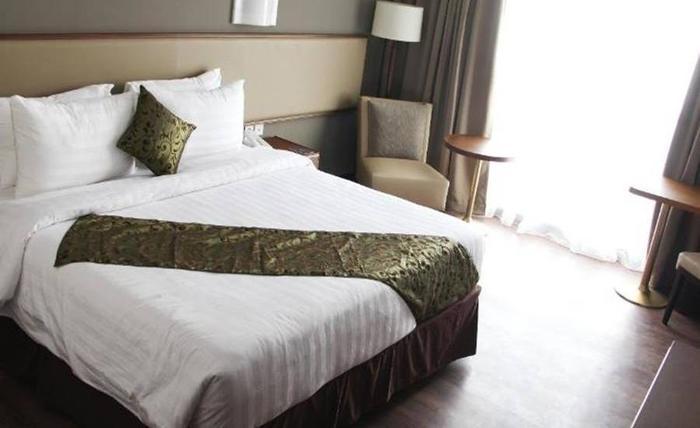 Salak Tower Hotel Bogor - Kamar tamu