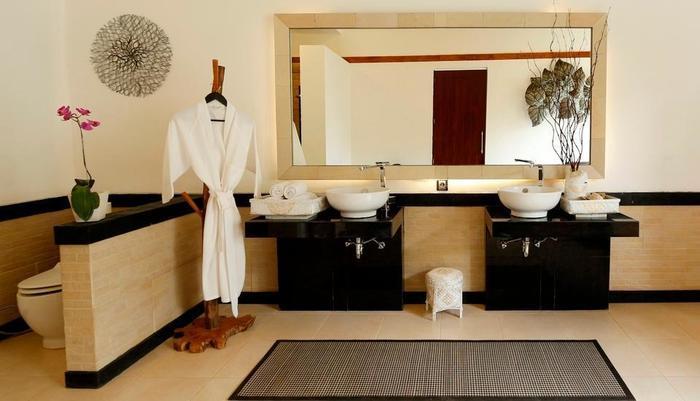 Ashoka Tree Resort at Tanggayuda Bali - Kamar mandi