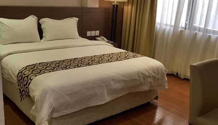 Hana Hotel Batam - Kamar Deluxe Double