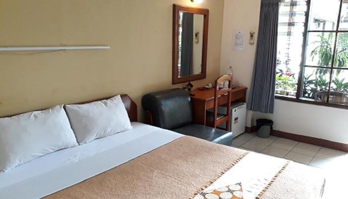 Kenangan Hotel Bandung - Kamar Deluxe Ground Floor