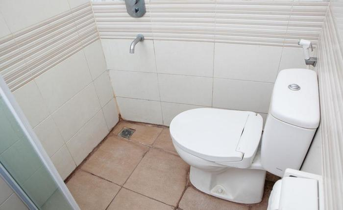 RedDoorz @ Setiabudhi Bawah Bandung - Kamar mandi