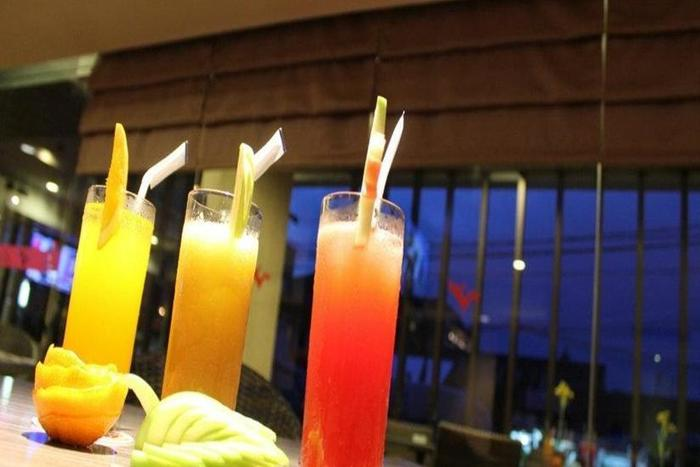 Cititel Hotel Pekanbaru - Food and Beverage
