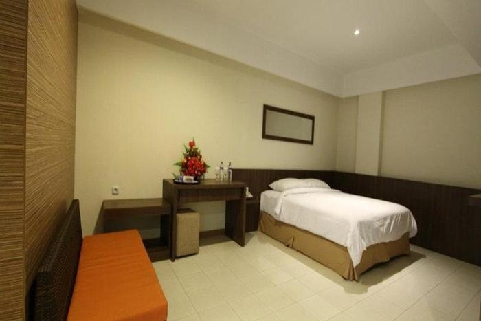 Cititel Hotel Pekanbaru - Kamar Tamu