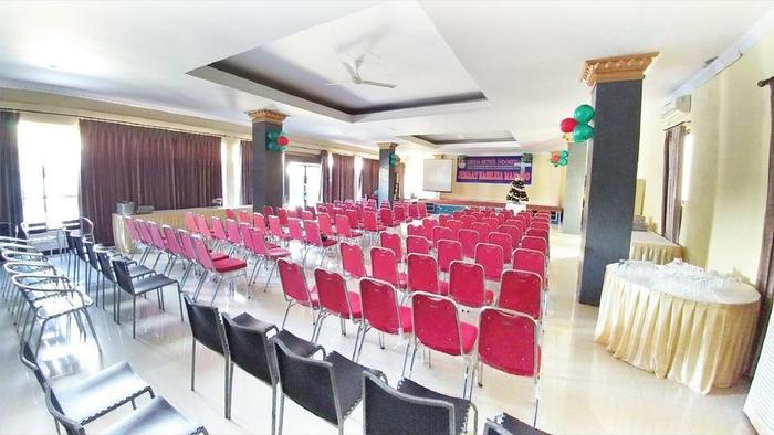 Quint Hotel Manado - Meeting Room