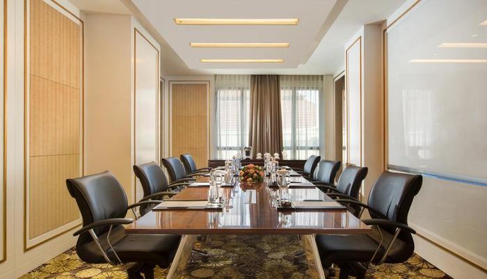 Swiss-Belhotel Yogyakarta - Nakula Meeting Room
