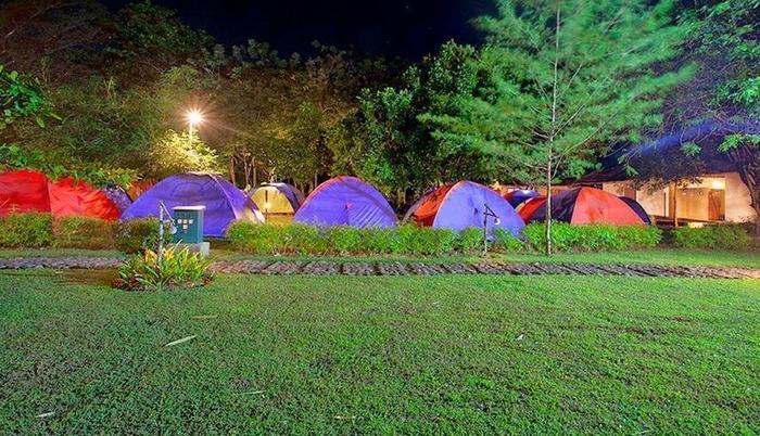 Green Coral Beach Camping Ground Tanjung Lesung Pandeglang - Eksterior