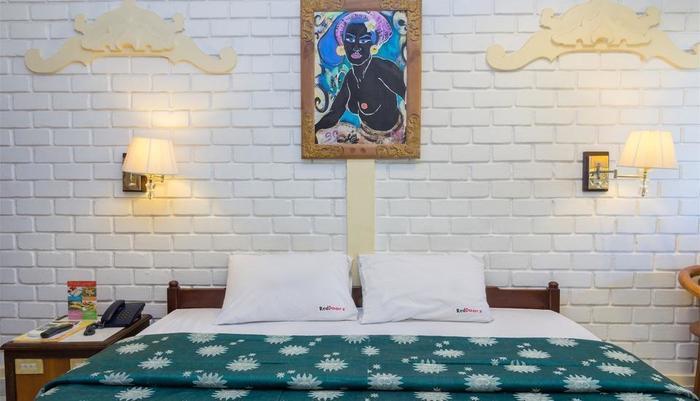 RedDoorz @Arjuna Double Six Bali - Kamar tamu