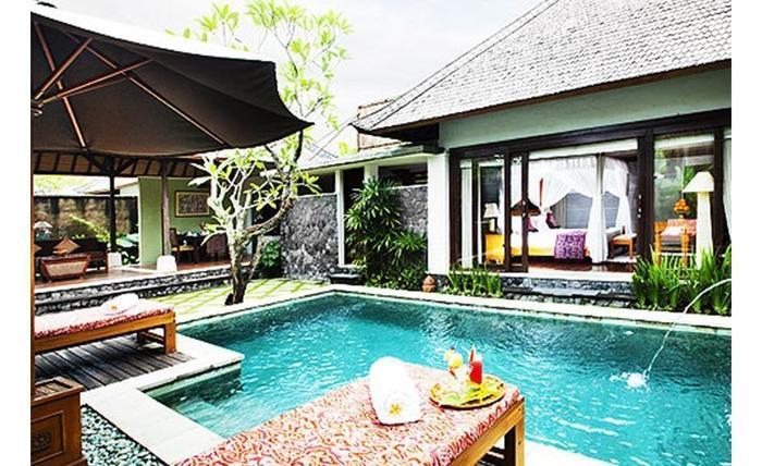 The Sanyas Suite Bali - Kolam Renang Villa Junior Suite