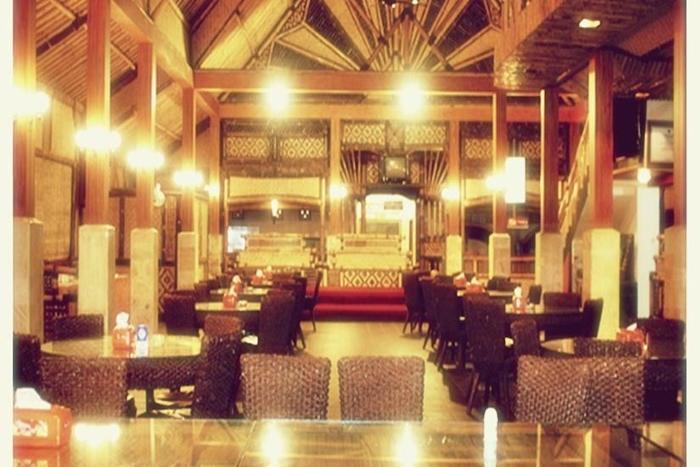 Hotel Mahkota Plengkung - Ruang Makan