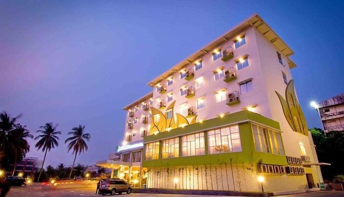 Angkasa Garden Hotel Pekanbaru - Main building angkasa Garden Hotel
