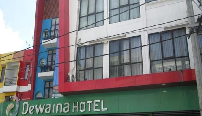 Dewarna Hotel Malang - Tampilan Luar Hotel