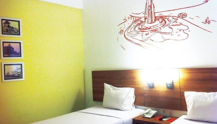 Evora Hotel Surabaya - Twin