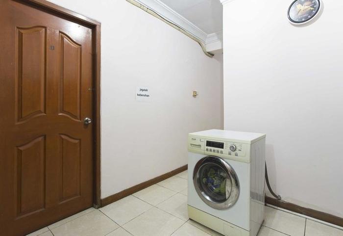 RedDoorz @Duren Tiga Barat Jakarta - Interior