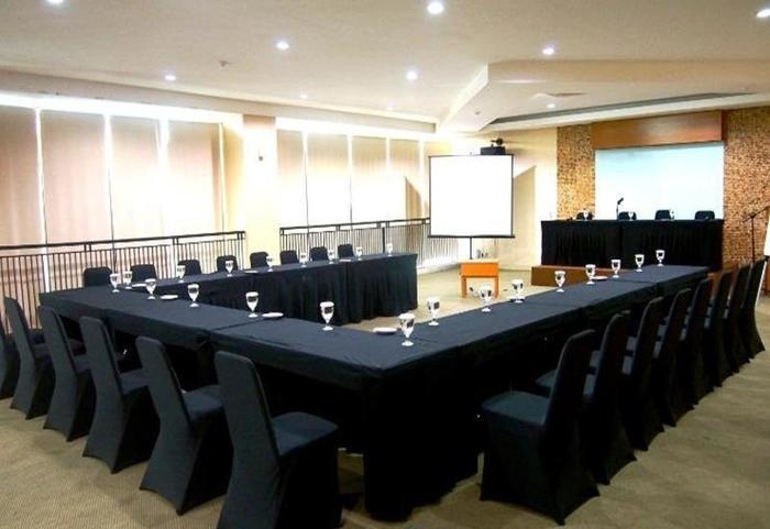 Hotel Gren Alia Prapatan Jakarta - Ruang Rapat