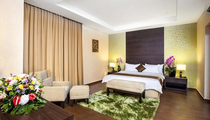 Padjadjaran Suites Hotel Bogor - (Hi-06/Jan/2014)