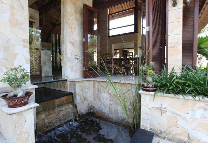 Pool Villa Club Senggigi - Eksterior