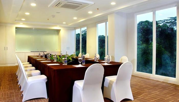 Aston Bogor - Meeting Room (1)