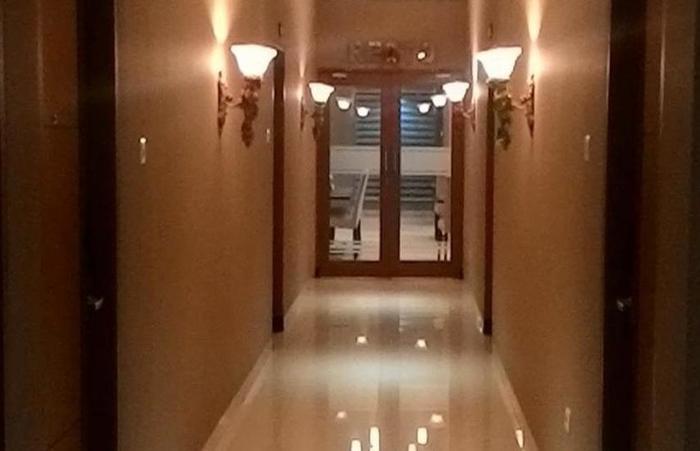 Sutan Raja Guest House Bandung - Interior