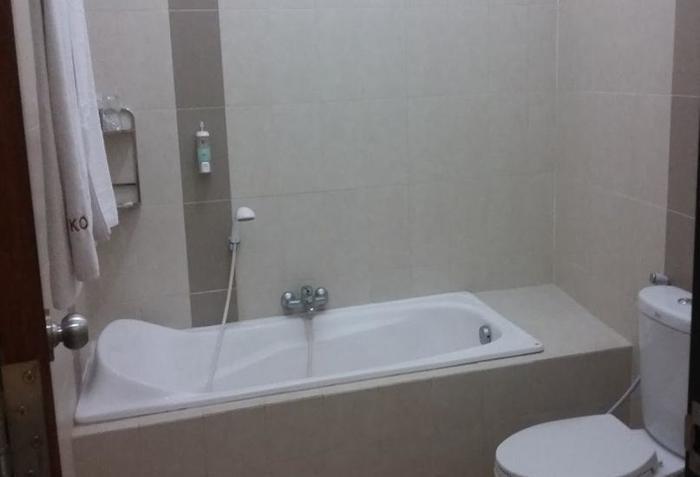 Hotel deKOPEN Malang Malang - Kamar mandi