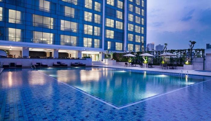 Crowne Plaza Bandung Bandung - Swimming Pool
