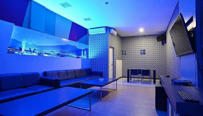 ZEN Premium Cihampelas Bandung - Ruang Karaoke