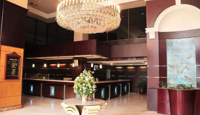 Hotel Polonia Medan - Lobby