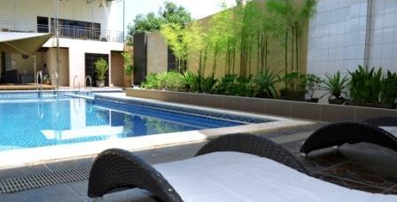 Hotel Polonia Medan - Kolam Renang