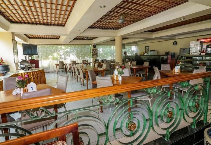 NIDA Rooms Jaksa Agung Genteng - Restoran